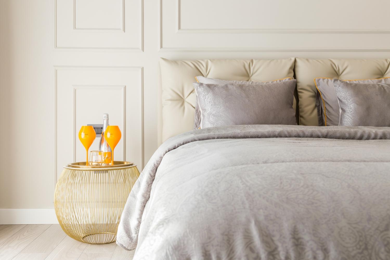 dormitor-si-Veuve-Cliquot-Herastrau-First-Ramada